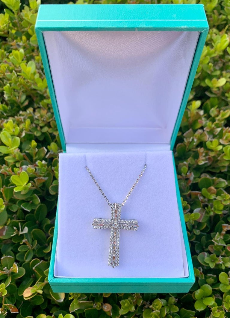 Heavenly 1.25 Carat Diamond Cross Pendant in 18K White Gold on White Gold Chain For Sale 2