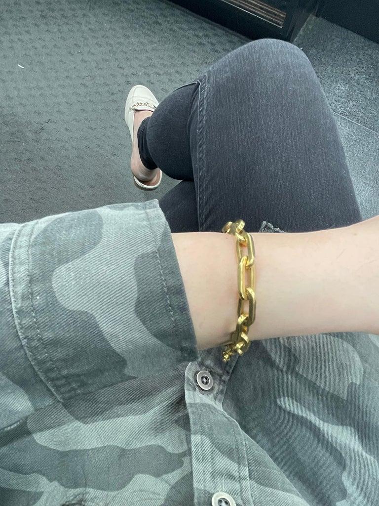 Heavy 18 Karat Yellow Gold Paperlink Bracelet 37.2 Grams For Sale 7