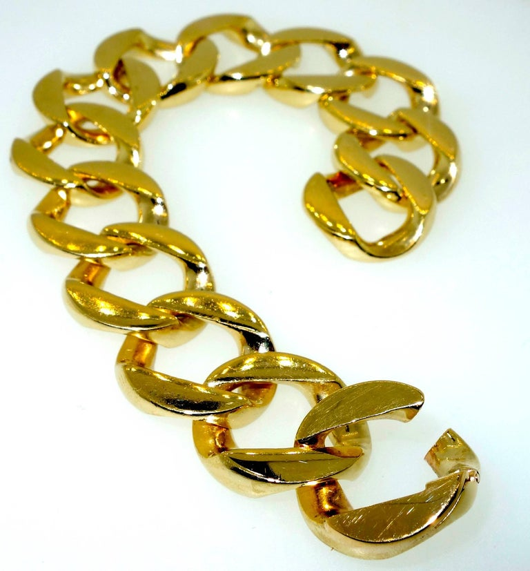 Retro Heavy Gold Curb Link Bracelet For Sale