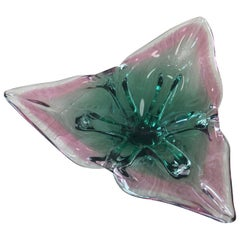 Heavy Signed 1960s Murano Glass Bowl Triangle-Shaped Green and Pink