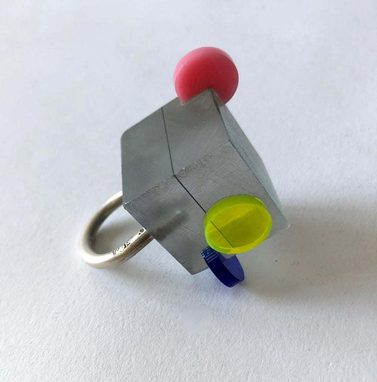 Women's Heidi Abrahamson Sterling Silver Acrylic Cube Post Modernist Architectural Ring For Sale