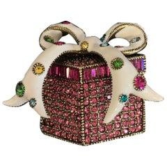 HEIDI DAUS Signed Glamorous Gift Box Brooch Pin Designer Estate Find