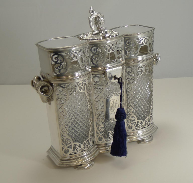 Heirloom Quality Three Bottle Decanter Box or Tantalus by Philip Ashberry In Good Condition For Sale In London, GB