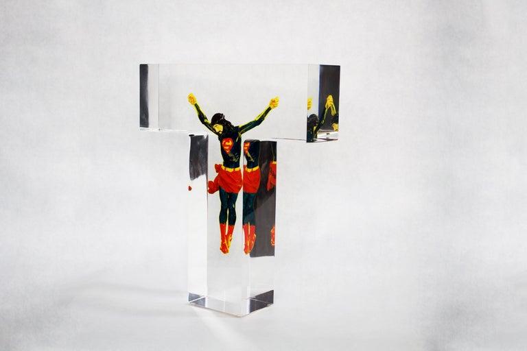 Helder Batista Figurative Sculpture - Superman Jesus