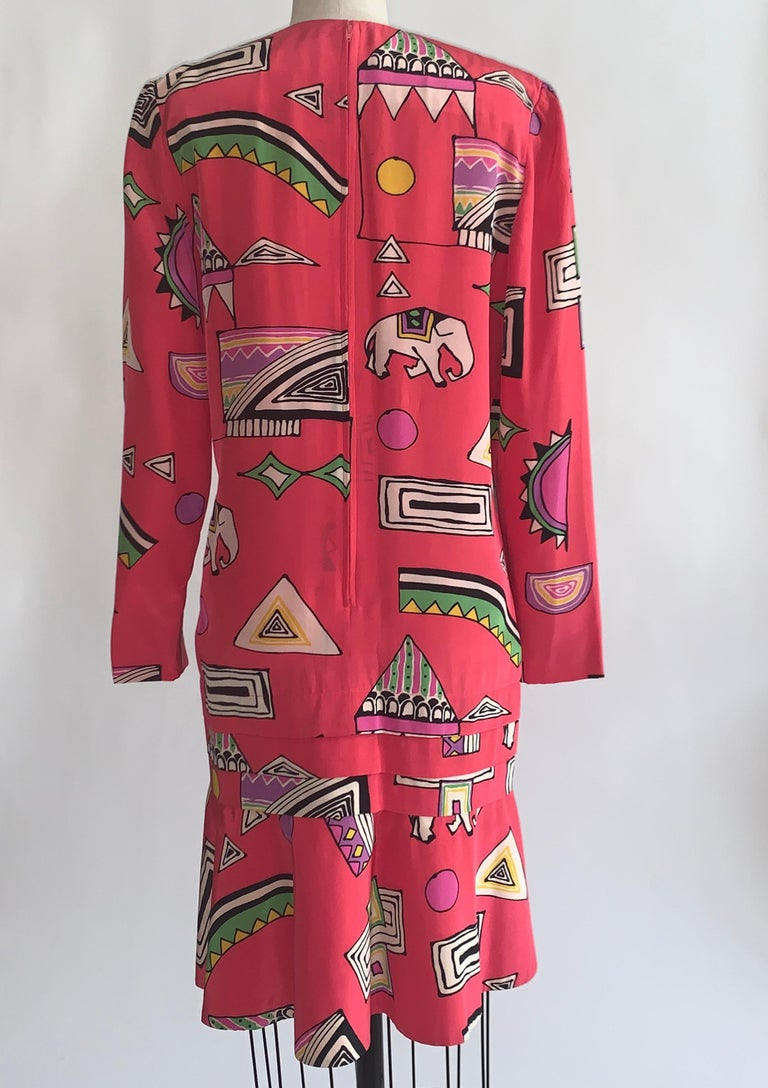 Women's Helga 1980s Pink Circus Print Dress Long Sleeve Flounce Hem For Sale