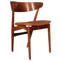 Helge Sibast Six Chairs of Teak and Beech, 1960s