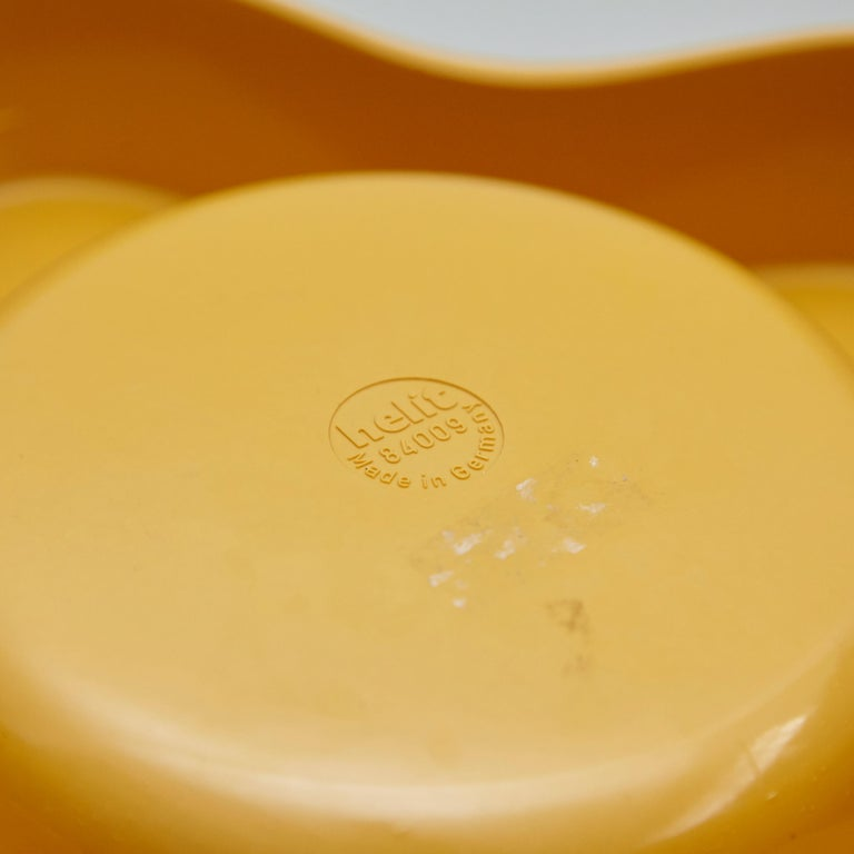Helit Yellow Plastic Ashtray, circa 1980 For Sale 2