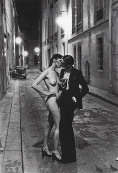 Kissing Rue Aubriot, Paris 1975 - 20 x 24 Signed & Dated by Helmut Newton