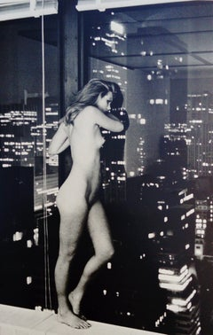 Patti Hansen over Manhattan