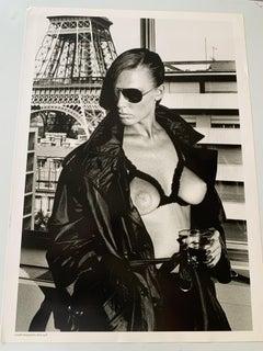 Photograph front - back   Recto : Suzy at home, Paris 1974 Back : Gunilla Bergst