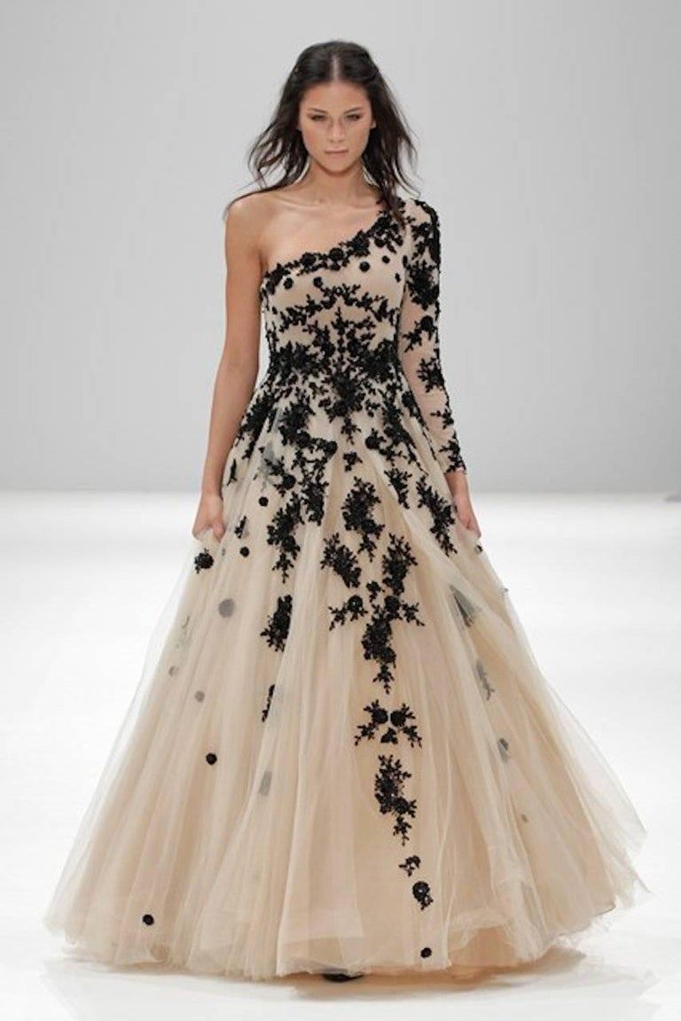 Women's Hema Kaul Couture Asymmetric Embroidered Nude Fairytale Tulle Evening Gown