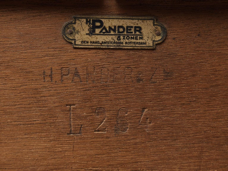 Hendrik Wouda for Pander Art Deco Bookshelf in Oak For Sale 6