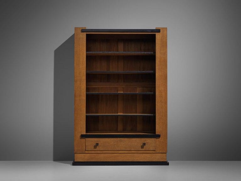Hendrik Wouda for Pander Art Deco Bookshelf in Oak In Good Condition For Sale In Waalwijk, NL