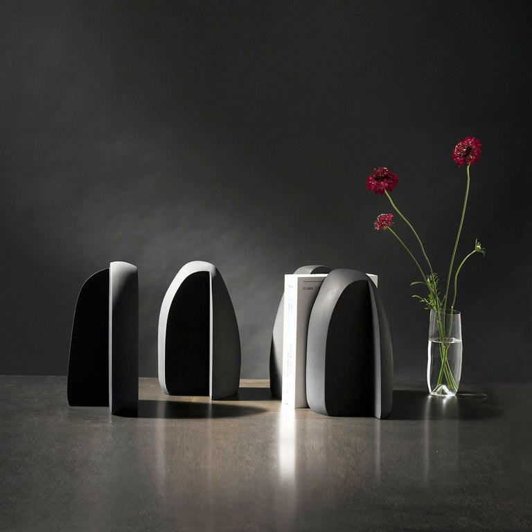 Minimalist Henge Bookend, Set of 2 Black Concrete Pieces by UMÉ Studio For Sale