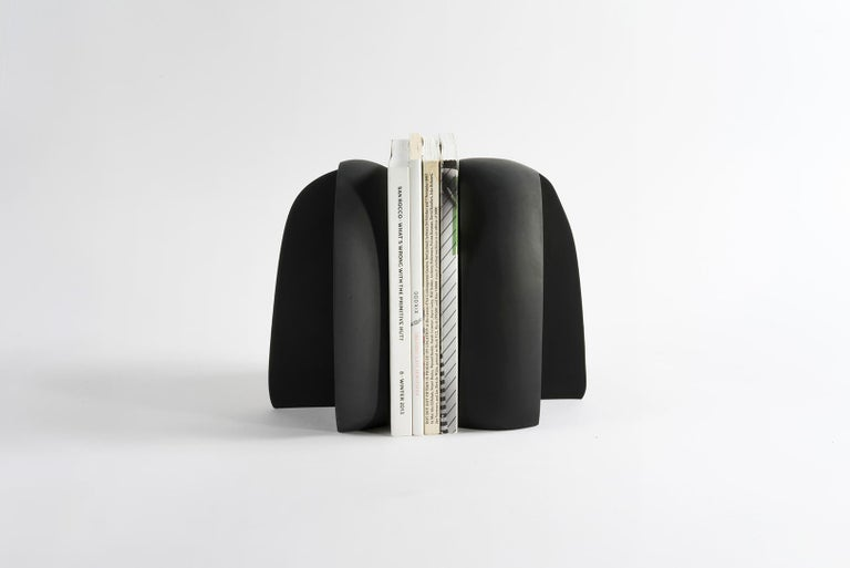 American Henge Bookend, Set of 2 Black Concrete Pieces by UMÉ Studio For Sale