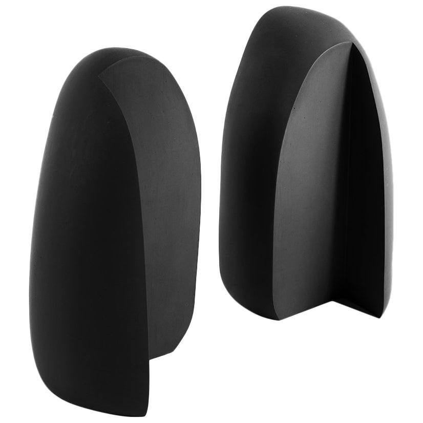Henge Bookend, Set of 2 Black Concrete Pieces by UMÉ Studio