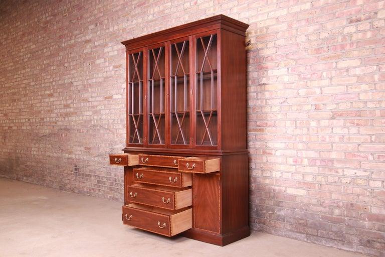 Henkel Harris Georgian Mahogany Breakfront Bookcase Cabinet For Sale 6