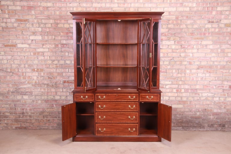 Henkel Harris Georgian Mahogany Breakfront Bookcase Cabinet For Sale 7