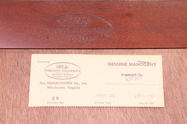 Henkel Harris Georgian Mahogany Breakfront Bookcase Cabinet For Sale 12