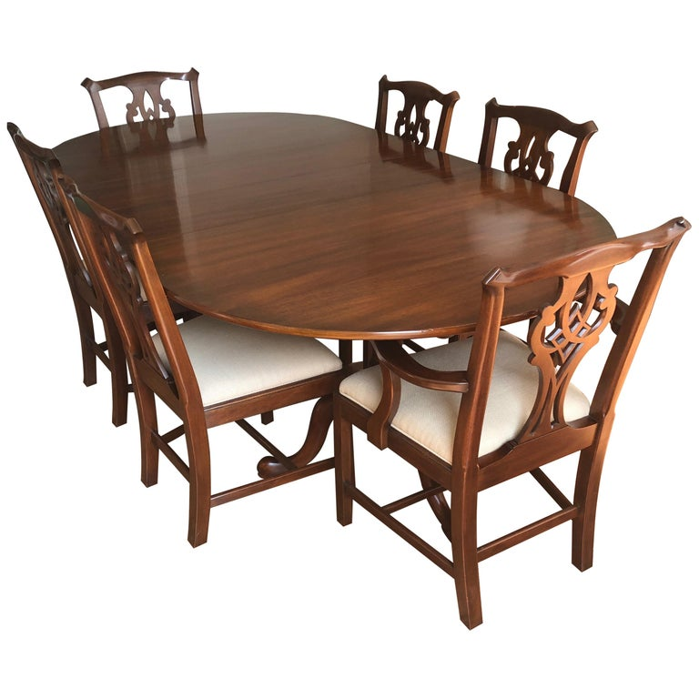 Incredible Henkel Harris Stately Queen Anne Style Traditional Mahogany Dining Set Download Free Architecture Designs Scobabritishbridgeorg