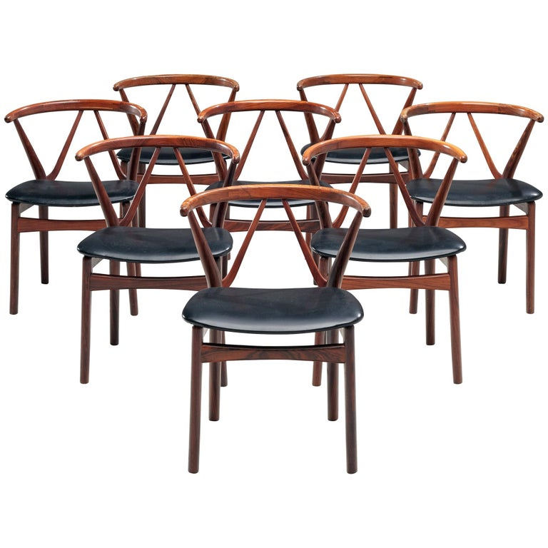 Henning Kjaernulf Set of Dining Chairs Model '255' in Rosewood For Sale