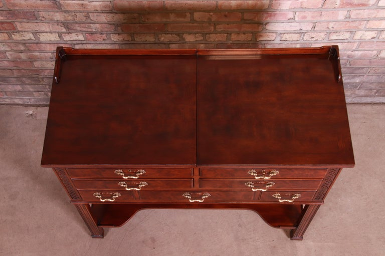 Henredon Chippendale Carved Mahogany and Burl Wood Flip Top Dry Bar Server For Sale 9