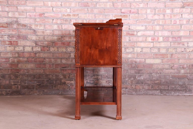 Henredon Chippendale Carved Mahogany and Burl Wood Flip Top Dry Bar Server For Sale 10