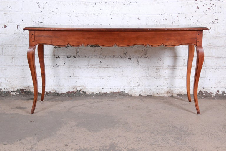 Henredon French Country Louis XV Style Console Table For Sale 4