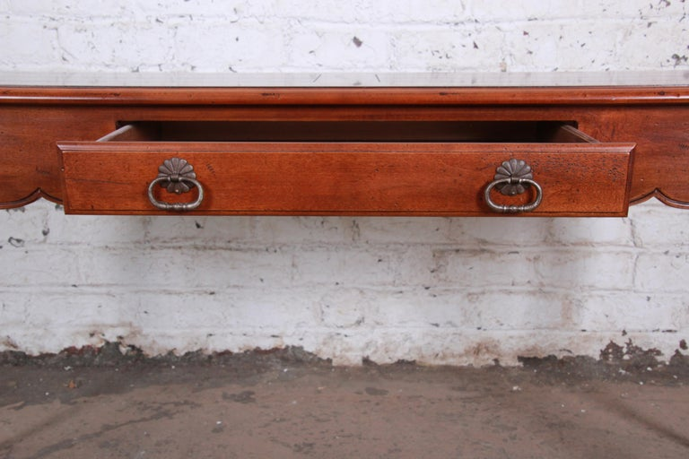 20th Century Henredon French Country Louis XV Style Console Table For Sale