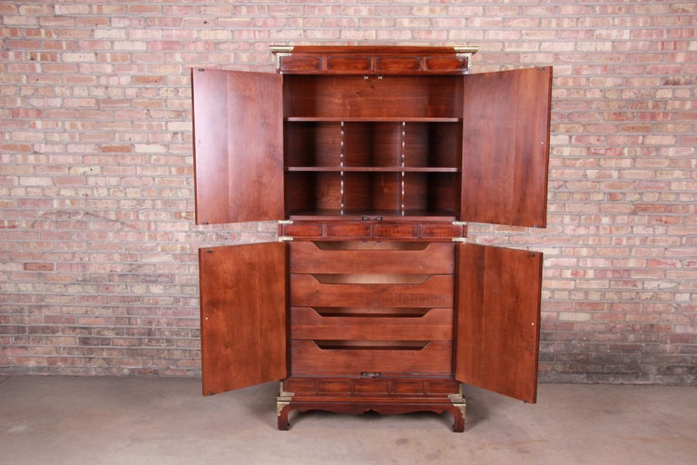 Henredon Hollywood Regency Chinoiserie Mahogany and Brass Armoire Dresser For Sale 3