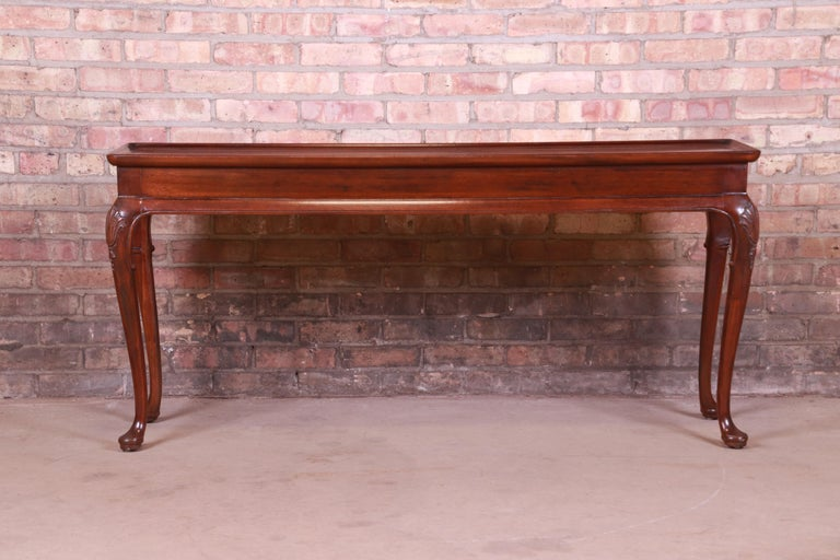 American Henredon Queen Anne Mahogany Console or Sofa Table For Sale