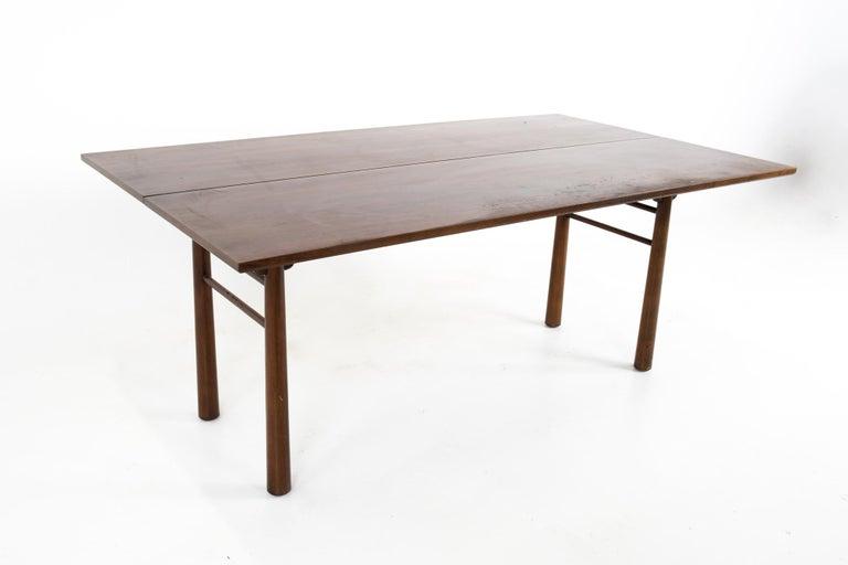 Mid-Century Modern Henredon Robsjohn Gibbings Style Mid Century Walnut Drop-Leaf Dining Table For Sale