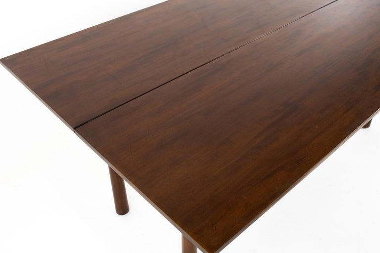 Henredon Robsjohn Gibbings Style Mid Century Walnut Drop-Leaf Dining Table In Good Condition For Sale In La Grange, IL