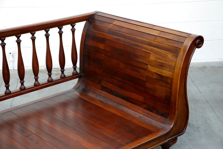 Henredon Sleigh Daybed or Sofa with Spindle Back and Rolled Arms, Signed For Sale 4