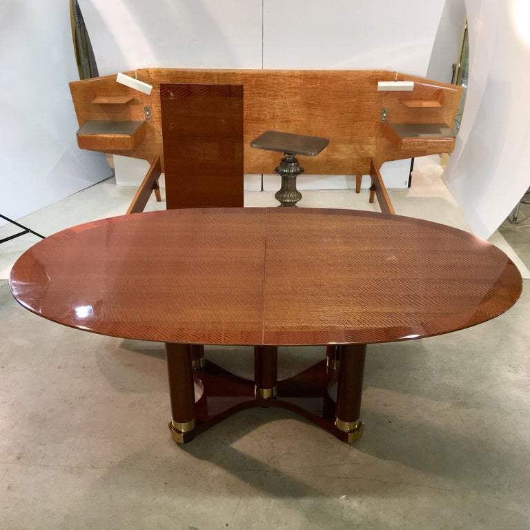 American Henredon Triomphe Oval Dining Table (SATURDAY SALE) For Sale