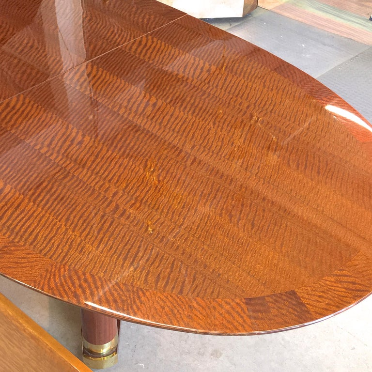 Henredon Triomphe Oval Dining Table (SATURDAY SALE) In Good Condition For Sale In Hingham, MA