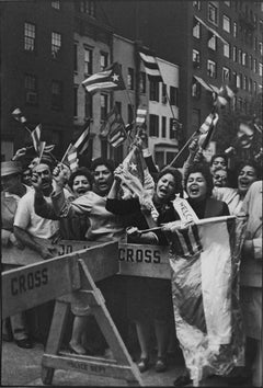 Pro Fidel Castro Demonstration, New York, 1960 - Henri Cartier-Bresson