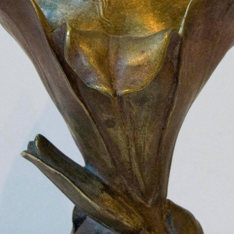 Femme Lys - Bronze Cast, Art Nouveau, Floral, Sculpture, Female Figure, Elegant For Sale 3
