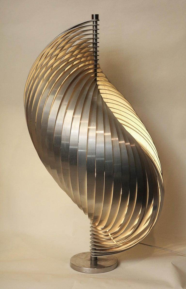 Henri Mathieu Table Lamp Mid-Century Modern Sculptural Aluminum Bands For Sale 4