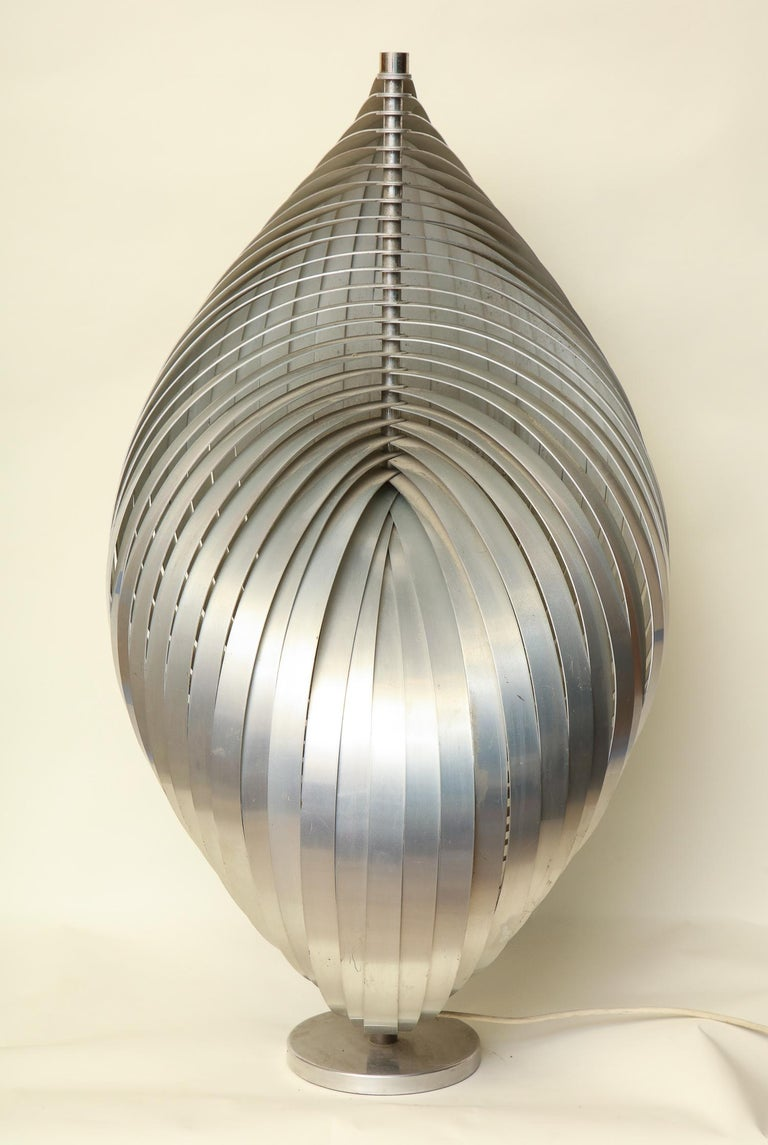 Henri Mathieu Table Lamp Mid-Century Modern Sculptural Aluminum Bands In Good Condition For Sale In New York, NY