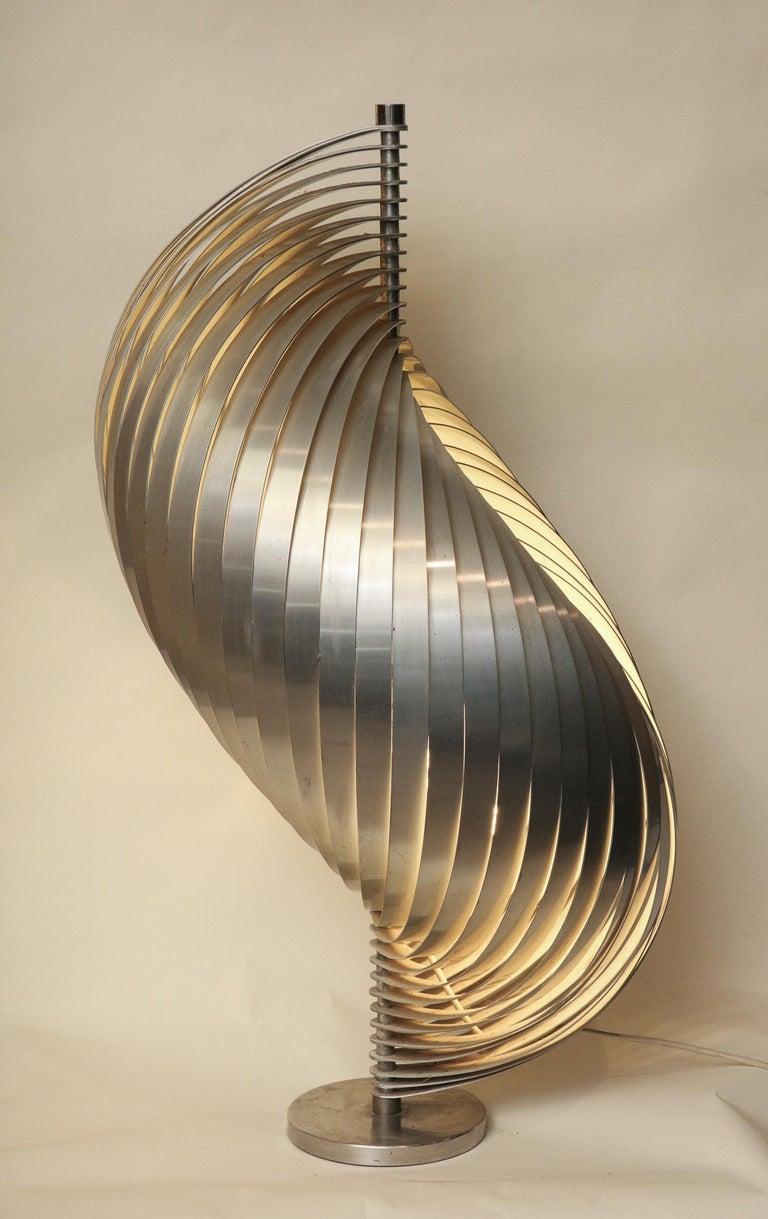 Henri Mathieu Table Lamp Mid-Century Modern Sculptural Aluminum Bands For Sale 3
