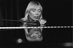 Joni Mitchell, 1983