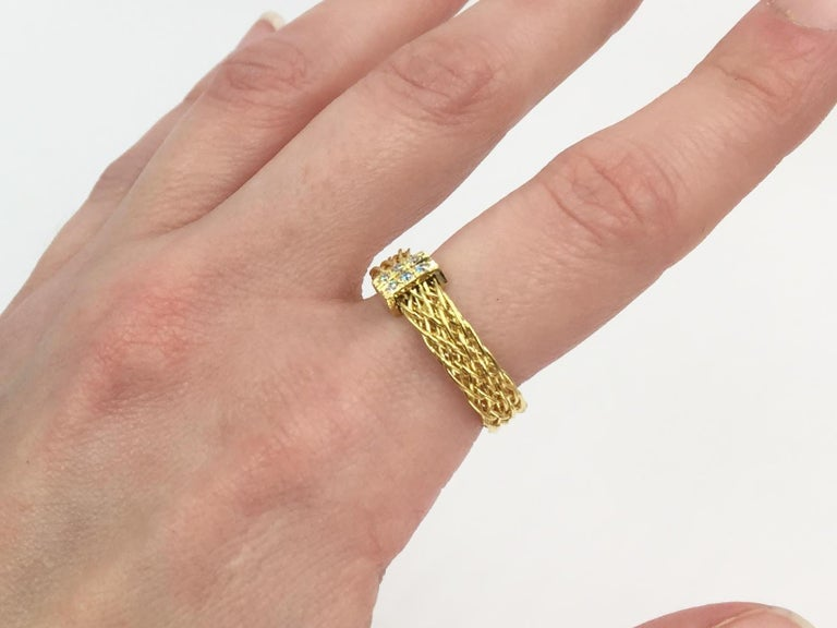 Henry Dunay 18 Karat Woven Ring with .10 Carat Total Weight For Sale 3