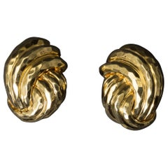 Henry Dunay 18 Karat Yellow Gold Hand Hammered Gold Clip Earrings