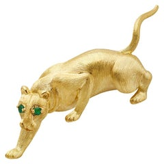 Henry Dunay 18k Gold Emerald Eye Panther Pin