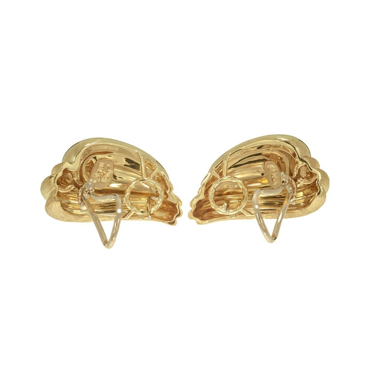 Women's Henry Dunay 18 Karat Yellow Lever Post Gold Swirl Earrings For Sale