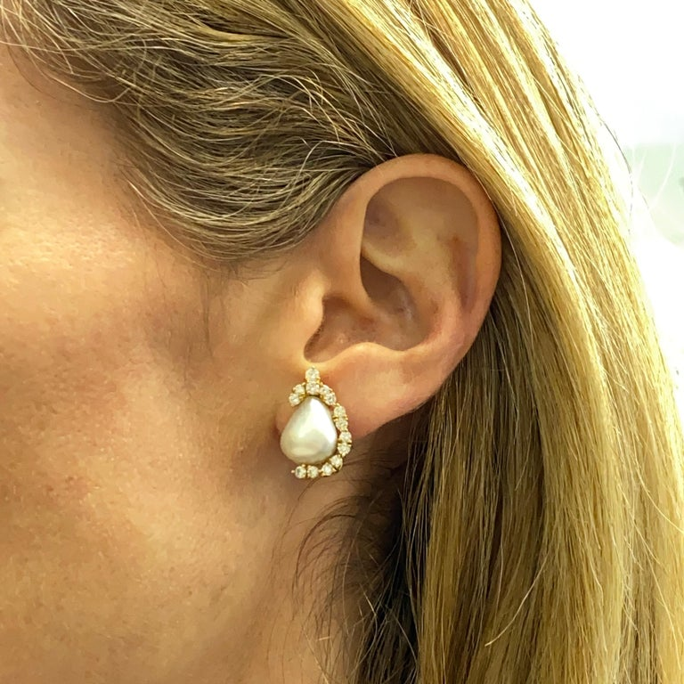 Henry Dunay Baroque Pearl Diamond Earrings Ear Clips In Excellent Condition In Boca Raton, FL