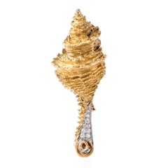 Henry Dunay Estate Yellow Gold Diamond Conch Shell Pin Brooch
