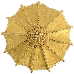 Henry Dunay Gold Starburst Pendant or Brooch