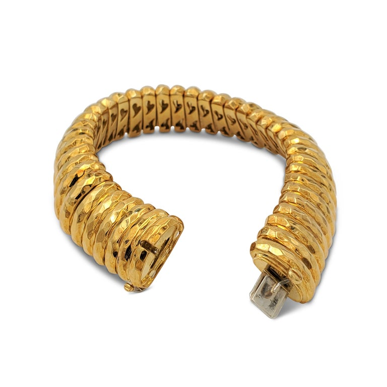 Henry Dunay Hammered Gold Bracelet In Excellent Condition For Sale In New York, NY